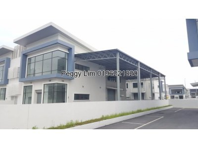 1.5 Storey Semi Detached Factory Gateway 16 To let, Klang Selangor