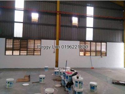 1.5 Sty Factory Jalan Puchong Batu 7 Puchong To Let