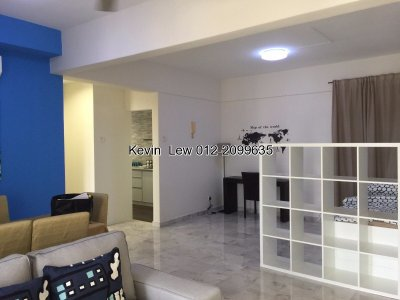 Renovated NICE & BRIGHT unit in Vista Damai, KLCC