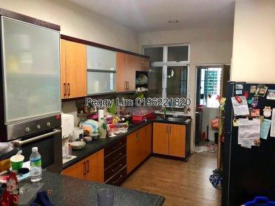 2 Storey Terrace House for Sale @ Jalan TK 2/20, Taman Kinrara Seksyen 2, Puchong, Selangor.