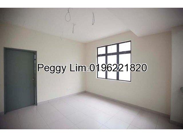 2.5 Storey Terrace For Sale, Jalan Metro , Lakeside Residence Puchong