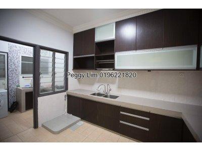 Endlot 2 Storey Terrace House, Taman Putra Prima, Puchong, For Sale