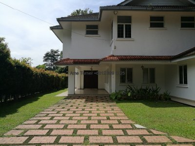 Bungalow House in Kenny Hills, Kuala Lumpur with Pool