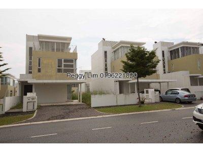 3sty Zero Lot Bungalow House For Sale, Laman Granview's, Saujana Puchong, Puchong