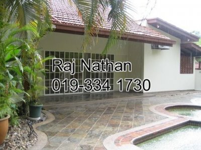 Bungalow for rent in Taman Hillview, Selangor