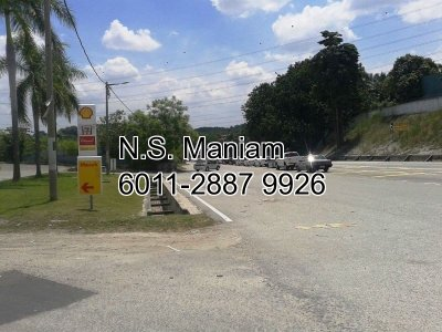 2.5 acres Commercial Land with Petrol Station at Semenyih, Selangor
