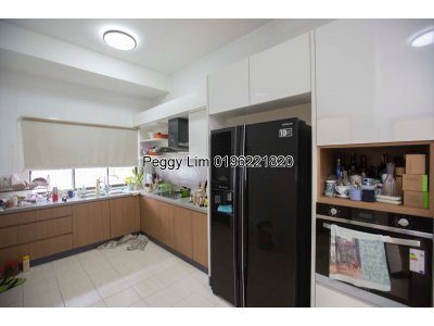 3 Storey Terrace House for Sale at Jalan MJ 2/9, Taman Meranti Jaya, Puchong