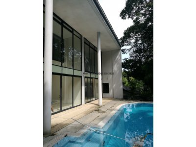Bungalow in Bukit Tunku (Kenny Hills) with lots of natural light