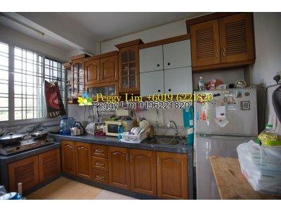 Sri Alpinia Apartment, Bandar Puteri Puchong, Puchong