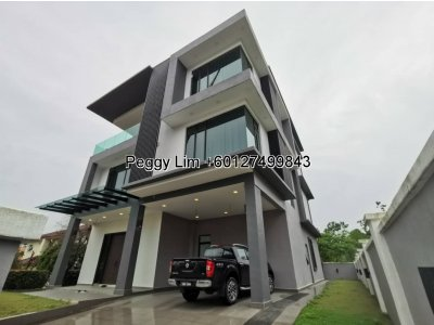 3 Storey Bungalow House with lift @ Shah Alam