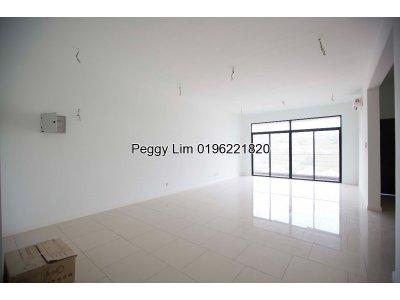 Puteri Hills Condominium For Sale, Bandar Puteri Puchong, Puchong